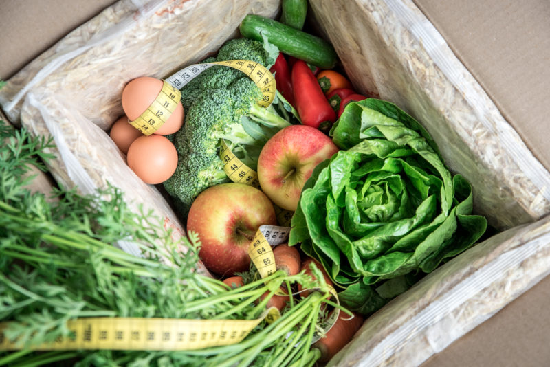 Die neue ABNEHM-BOX von MyGreenkuh - Mit Geschmack und Genuss gesund ernähren und dabei abnehmen und ein paar Pfunde verlieren.